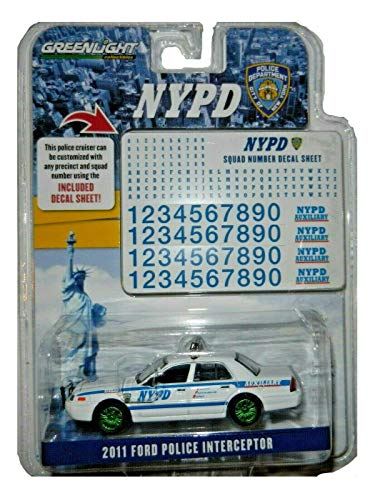 Green Machine 42822 Hot Pursuit - 2011 Ford Crown Victoria Police New York City Police Dept (NYPD) Auxiliary with NYPD Squad Number Decal Sheet (Hobby Exclusive) 1:64 Scale Greenlight Chase