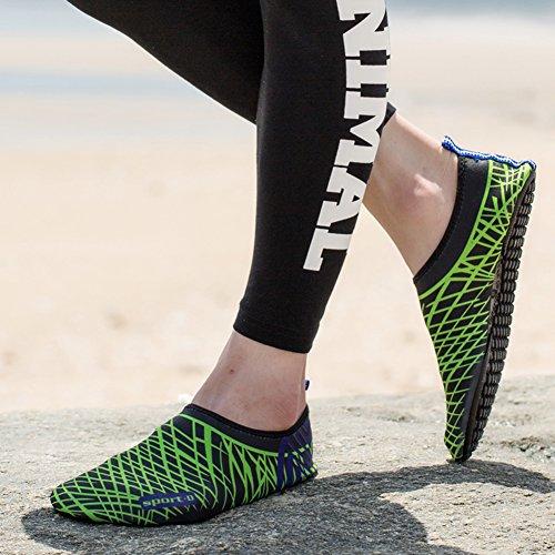 MAYZERO Mens Womens Wasser Haut Schuhe Quick Dry Aqua Socken Barfuß Schuhe für Beach Swim Surf Yoga Slip-On Schuhe Hausschuhe Schwarz Grün