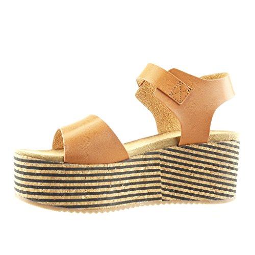 Angkorly Damen Schuhe Sandalen Mule - Plateauschuhe - Kork - Linien - String Tanga Keilabsatz High Heel 7 cm - Camel