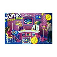 Barbie 6 O'CLOCK NEWS Playset de 35 piezas con PANTALLA DE CAMBIO MÁGICO (1987 Arco Toys, Mattel)