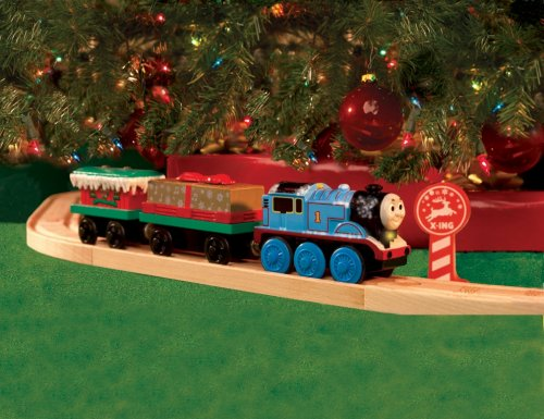 amazoncom thomas and friends wooden railway battery powered around the tree set toys games - Train For Around Christmas Tree