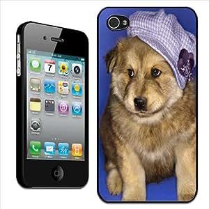 Fancy A Snuggle - Carcasa rígida para Apple iPhone 4 y 4S, diseño de cachorro con sombrero morado