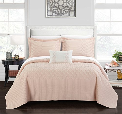 Chic Home Shalya 4 Piece Cover Set Interlaced Vine Pattern Quilted Bed in a Bag-Decorative Pillow Shams Included, Queen, Blush