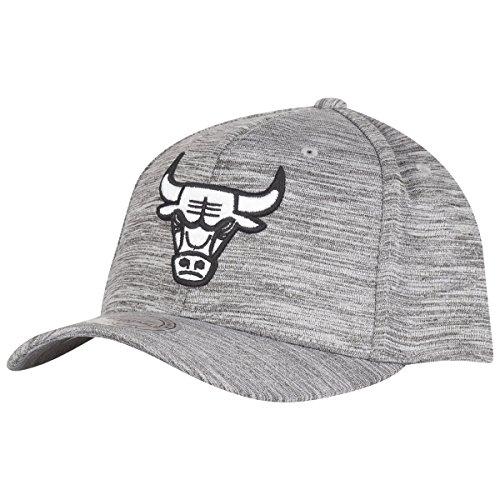 Mitchell & Ness–Gorra Flexfit Gorra–Chicago Bulls gris