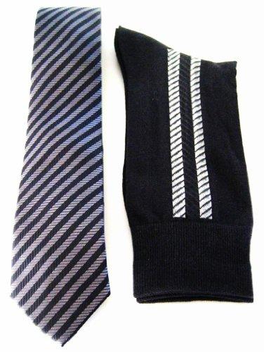 StylishMan Men's Charcoal Herringbone Narrow Silk Tie, Socks & Hanky Set