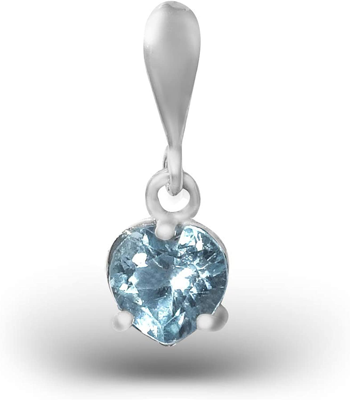 Colgante de topacio azul cielo en forma de corazón plateado