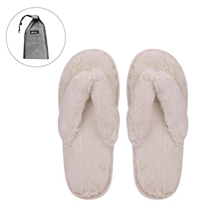 35a89bc0512e QCHOMEE Women s Fashion Plush Flip-Flops Cozy Memory Foam Spa Plush Bedroom  Slippers Indoor Slide