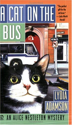 A Cat on the Bus (Alice Nestleton Mystery)