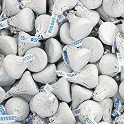 Hershey's Kisses, Milk Chocolate in White Foil (Pack of 2 Pound)