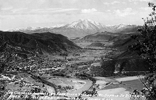 Glenwood Springs, Colorado - Traver Ranch View; Roaring Fork River Valley Photograph (16x24 Collectible Giclee Gallery Print, Wall Decor Travel - Valley Glenwood