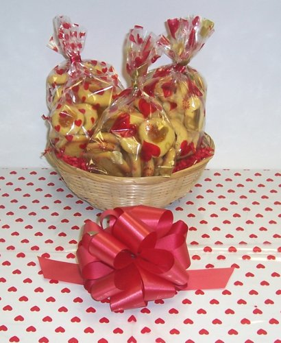 Butter Cookie Lovers Basket with no Handle Heart Wrapping ()