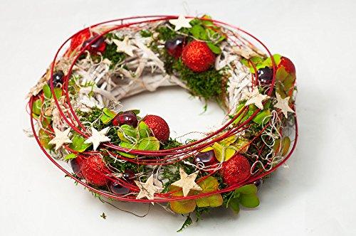 Weihnachtlicher Tischkranz In Rotgrünweiß Tischgestecktischdeko