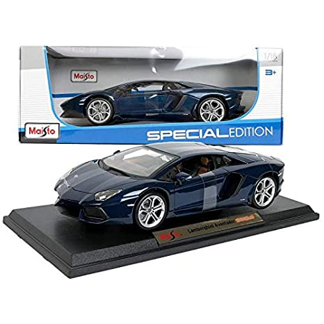 Amazon com: Maisto 1:18 Aventador Coupe Blue Diecast Car