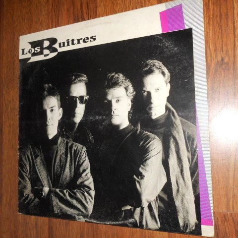 Los Buitres (Beatles Cover Band) Venezuela / Velvet / Vinyl (1989) (Your Really Got A Hold On Me)