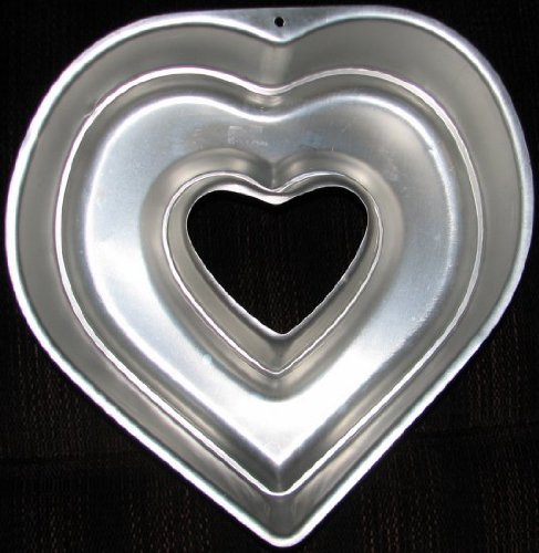 Wilton Heart Bundt Pan (2105-3219) Retired