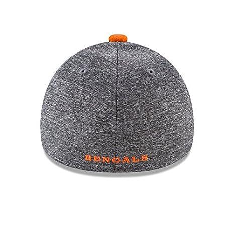 premium selection a376a c7078 Amazon.com   New Era NFL Fierce Fill 39Thirty Stretch Fit Cap   Clothing
