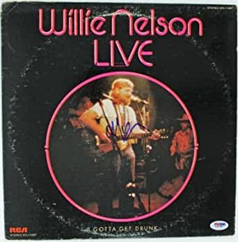 "Willie Nelson ""live"" Signed Album Cover W/ Vinyl Autograph Psa/dna #l69395 - Autographed CD's"