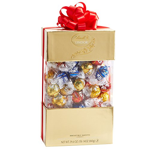 Lindt Lindor 70 Piece Gift Box, Assorted Chocolate, 29.6 Ounce