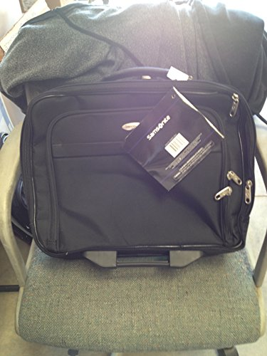 Samsonite(R) Double Gusset Wheeled Portfolio, Black