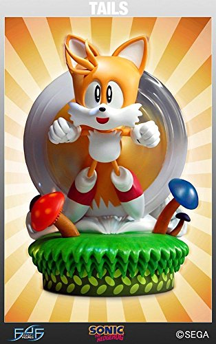Tails Classic Sonic the Hedgehog First4Figures Statue]()
