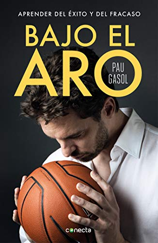 Bajo el aro / Under the Hoop (Spanish Edition)