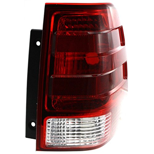 Tail Light for Ford Ford Expedition 03-06 Lens and Housing Right Side