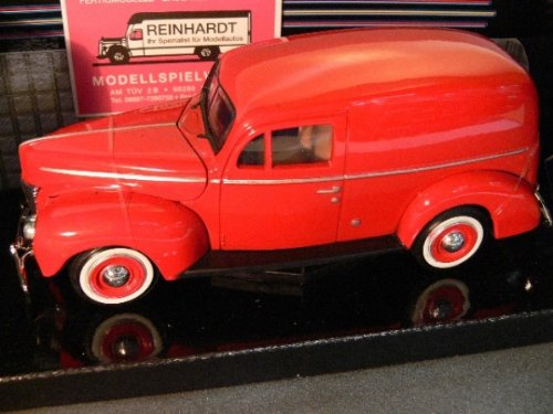 Motormax 1940 Ford Sedan Delivery Red 1:24 Diecast Car Model