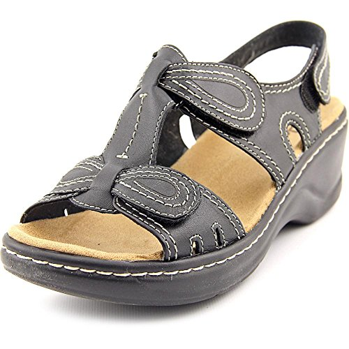Clarks Women's Lexi Walnut Q Black Sandal 8 B (M) by CLARKS