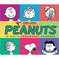 Peanuts: 2006 Desk Calendar