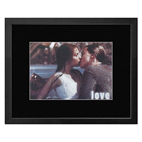 Stick It On Your Wall Romeu + Juliet - Love Framed Mini Poster - 22.7x17.5cm