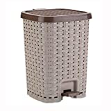 Jueven Vintage Rattan Kitchen Pedal Trash Can Home Creative Large Capacity Living Room Bathroom Bedroom with Cover Mute Multi-color Multi-size Trash Can (Color : Brown, Size : Medium)