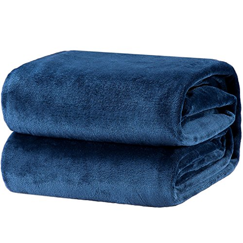 Bedsure Flannel Fleece Luxury Blanket Blue Navy Throw Lightweight Cozy Plush Microfiber Solid Blanket by Bedsure