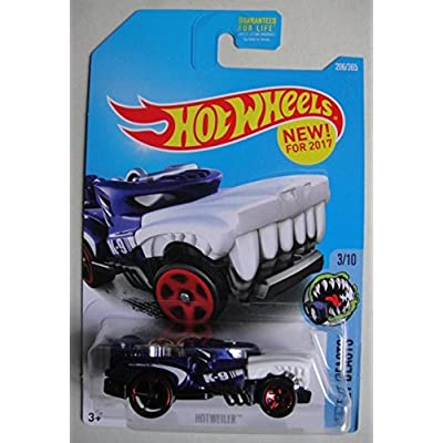 Hot Wheels 2020 Street Beasts Hotweiler 206/365, Blue: Toys & Games