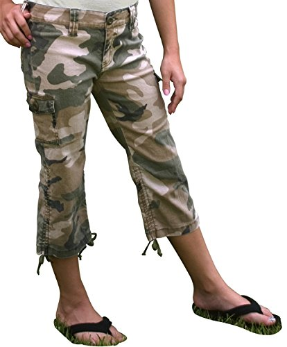 (Rothco Girls Subdued Woodland Camo Vintage Capris, 14 Size )