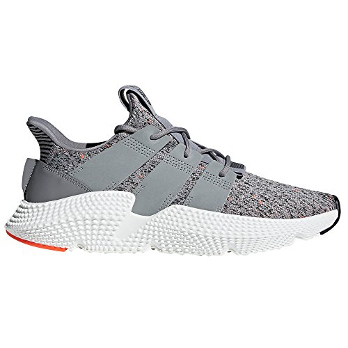 adidas Originals Prophere Black and Grey CQ3022, CQ3023. Primavera/Estate 2018. per Gli Amanti della Sneaker. Grey Three/Ftwr White/Solar Red