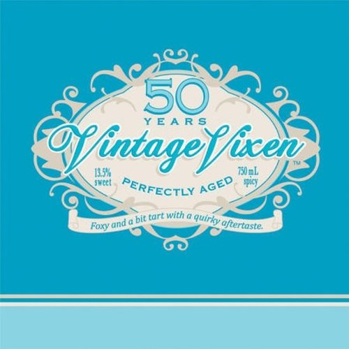Creative Converting 16 Count Vintage Vixen 50th Birthday Lunch Napkins -