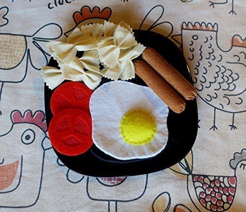 assiette œufs saucisses pâtes pour dînette d'enfant (fait main en feutrine, taille reelle)