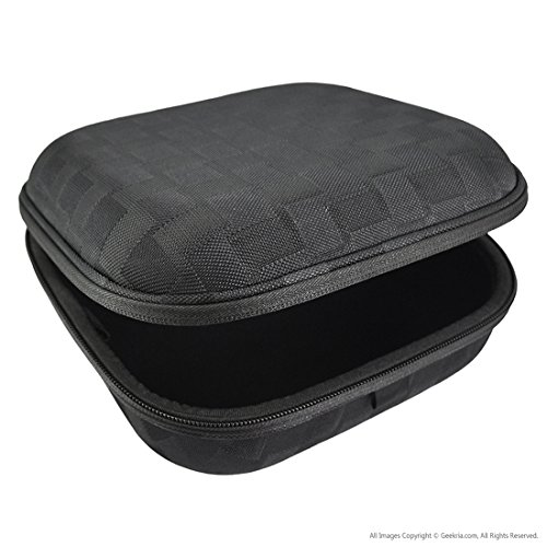 Headphones Case for Skullcandy Hesh, CruSher, Uprock, Navigator, Aviator and More / Headphone Full Size Hard Shell Large Carrying Case / Headset Travel Bag with Space for Cable, Parts and Accessories (Black/Gray Pattern)