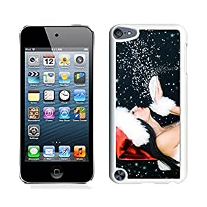 Ipod 5 Cases,Red Christmas Hat Snowflake Girl White Hard Shell Plastic Apple Ipod Touch 5th Cases