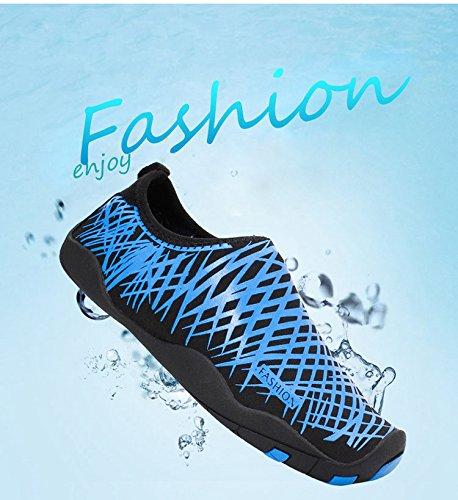 UPhitnis Wasser Schuhe für Männer Frauen Kinder, Quick-Dry Ultraleicht Unisex Anti-Slip Barfuß Aqua Socken Schuhe für Beach Surf Yoga Schwimmen Schnorcheln Walking Lake Garden Park Driving Gestreiftes Blau