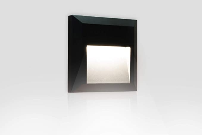 Segnapasso led w quadrato a parete esterno ip segnapassi