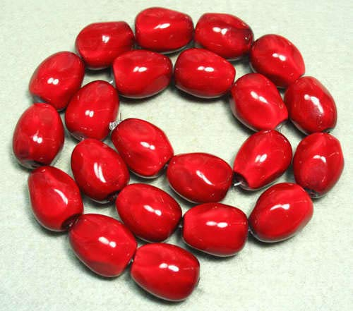 (FidgetFidget 16x20mm Red Shell Pearl Nugget Beads 10pcs )
