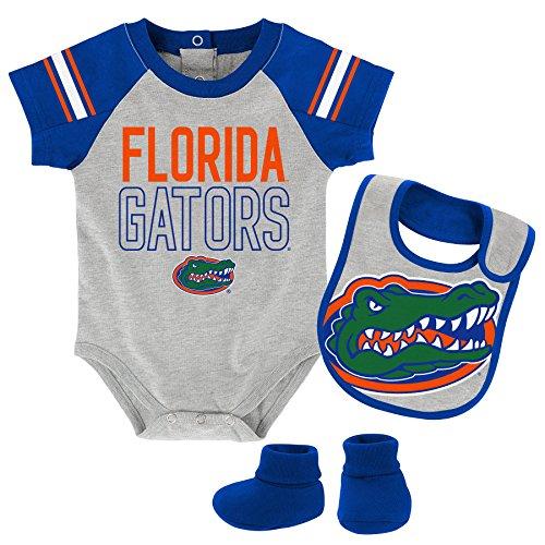 """OuterStuff NCAA Florida Gators Children Boys""""Blitz"""" Onesie, Bib & Bootie Set, 18 Months, Heather Grey"""
