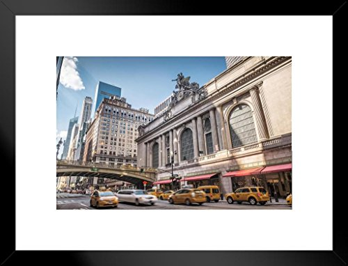Poster Foundry Grand Central Terminal New York City Manhattan Photo Art Print Matted Framed Wall Art 26x20 inch ()