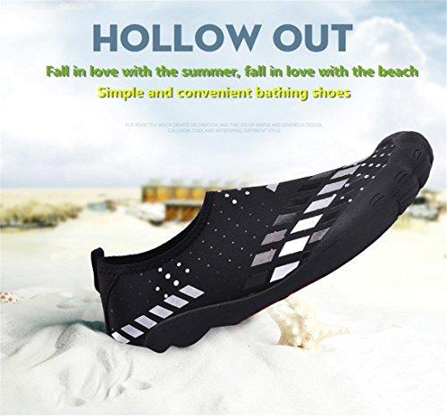 ZanYeing Herren Wasser Schuhe Weich Strandschuhe Aquaschuhe Badeschuhe Surfschuhe Sommer Schwimmschuhe mit Rutschfeste Sohlen Geeignet für Wassersport und Strand Schwarz-Weiß