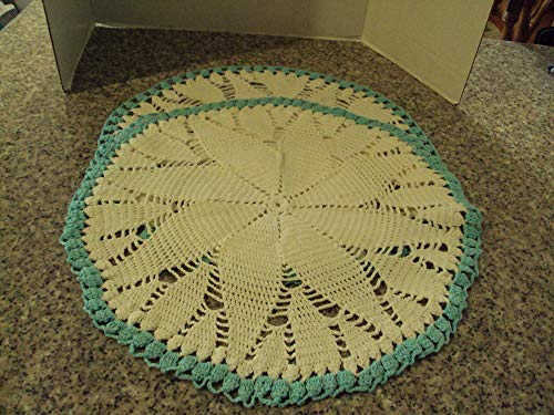 (New 2 Crocheted Doilies 20