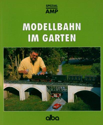 Modellbahn im Garten