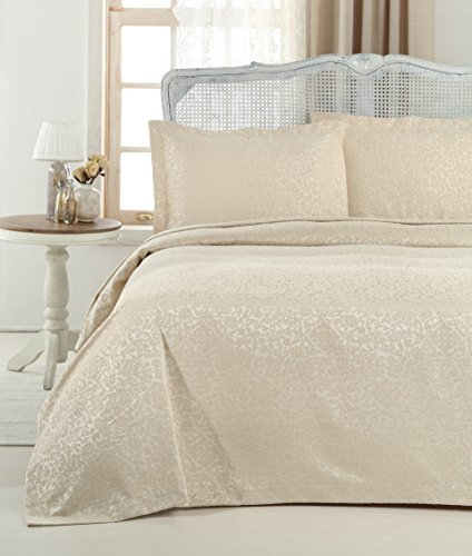 Gelin Home - 3 Piece 100% Chenille Luxurious Soft Quilted Jacquard Matelassé Bedspread - Taupe - King Size - 102