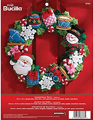 Bucilla Felt Applique Wreath Kit 15-Inch Round 86264 Cookies /& Candy