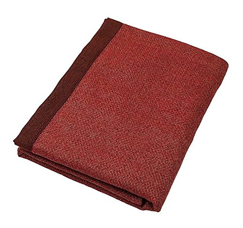 Farmhouse Fall Decor Ideas - Herringbone Table Runner Rust Red